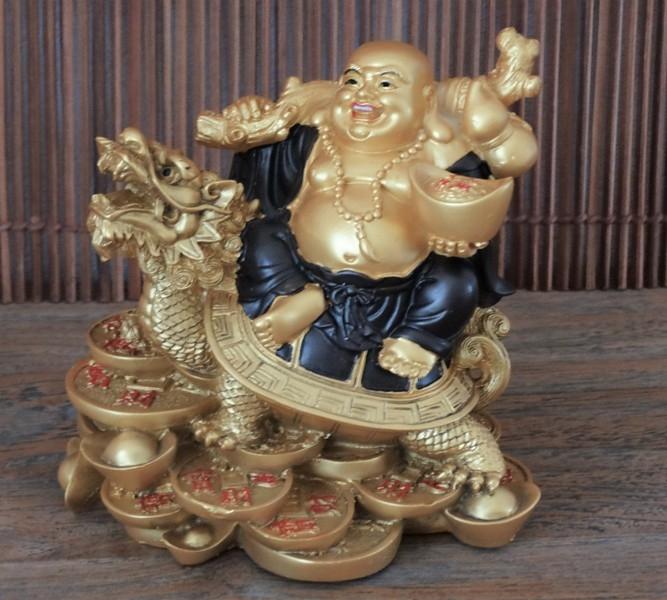 bouddha feng shui le rle du bouddha qui rit dans une bonne maison feng shui le rle du. Black Bedroom Furniture Sets. Home Design Ideas